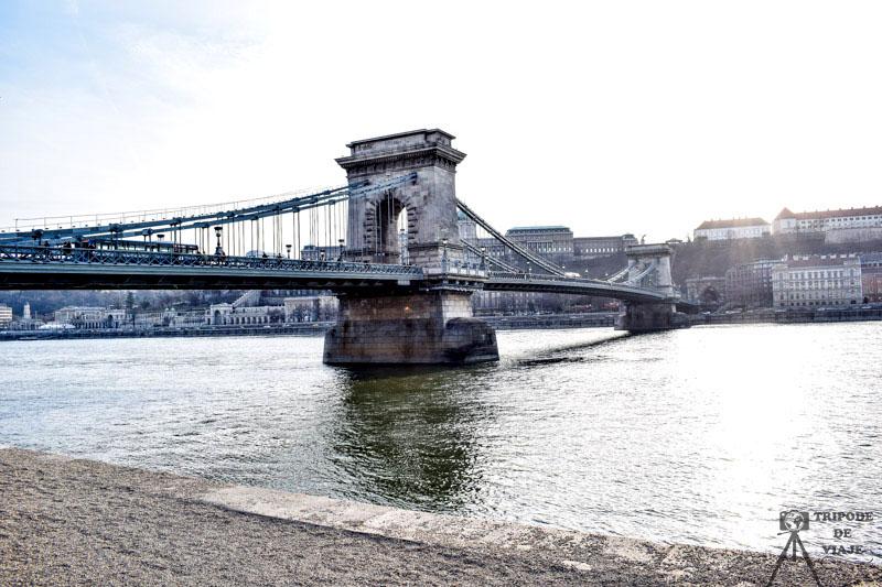 Puente de las Cadenas, uno de los 10 sitios imprescindibles que ver en Budapest.