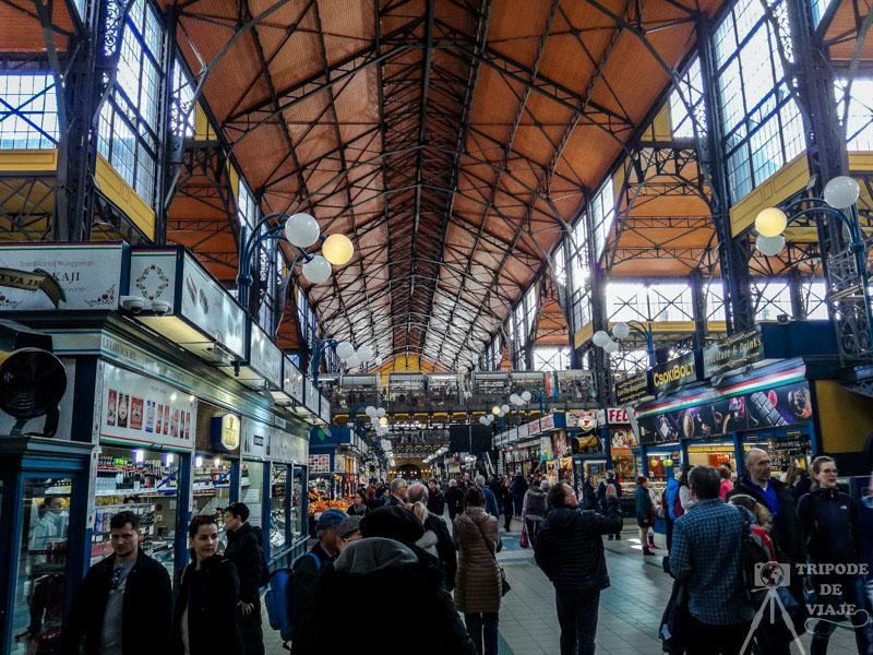 Mercado central de Budapest en el día 3, nuestro último día en Budapest.