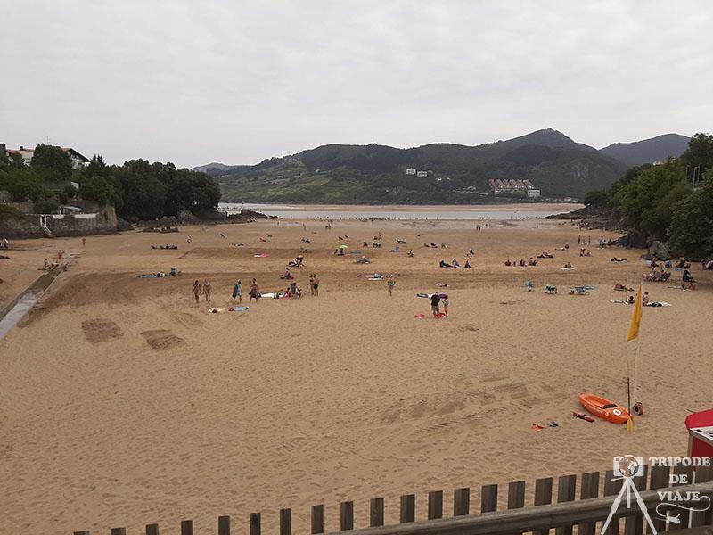 Playa de Mundaka.