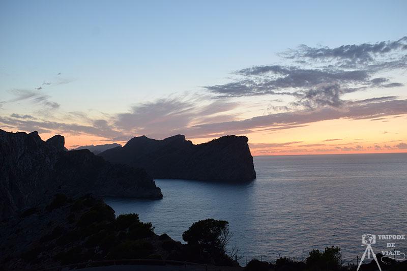 Atardecer desde el cabo de Formentor en el día 1 de nuestro viaje a Mallorca