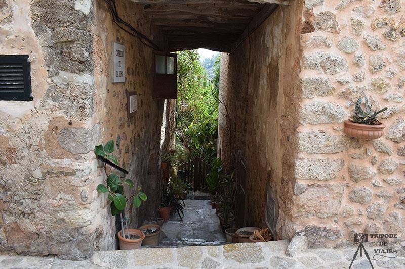 Pueblo de Valldemosa. Una de las 40 cosas que ver y hacer en Mallorca.