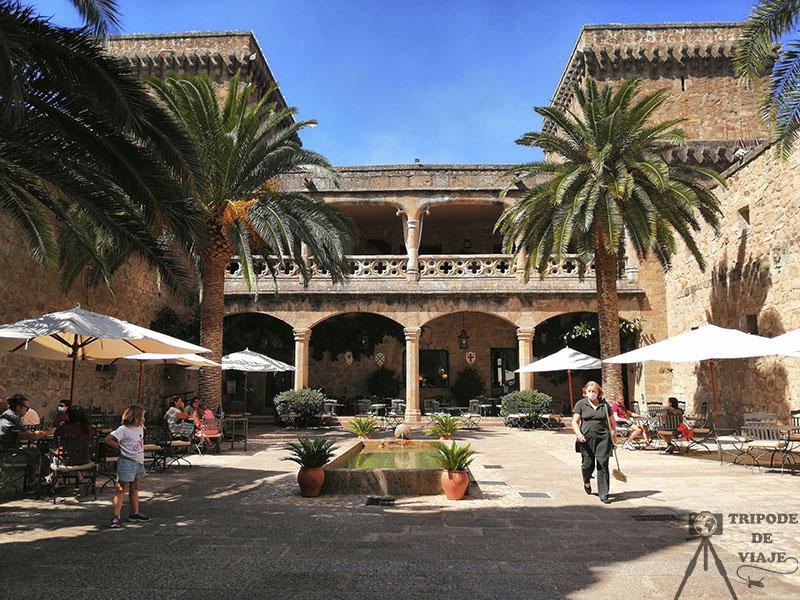 Castillo de Jarandilla de la Vera, sede del Parador de Turismo.