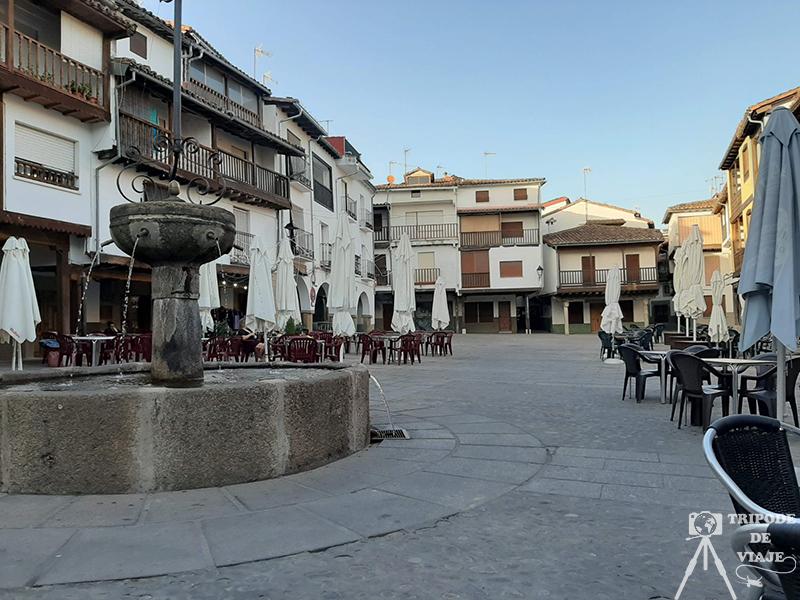 Plaza de Aniceto Marinas en Villanueva de la Vera.