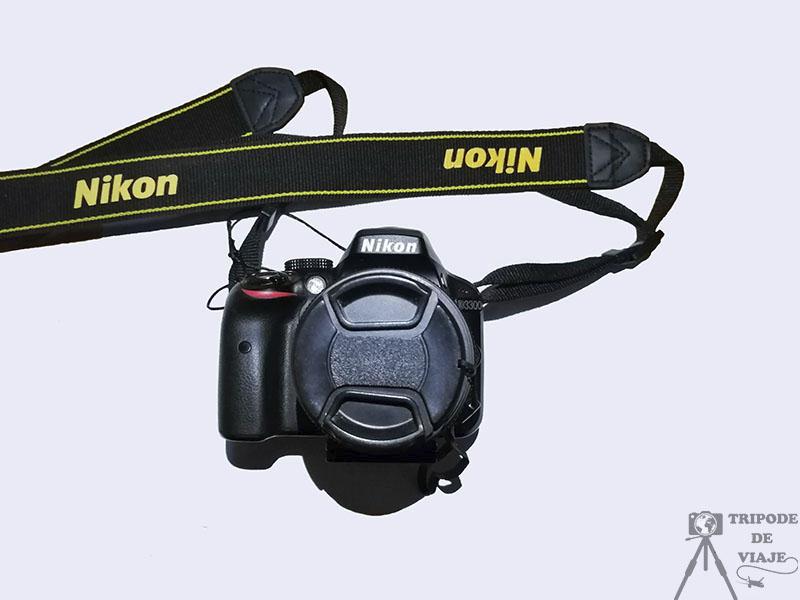 Cámara de fotos Nikon. Nuestro equipo fotográfico de viaje.