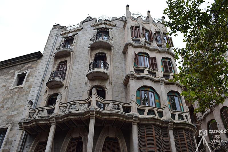 Edificio Casasayas, una de las cosas que vimos en el día 1 de nuestro viaje an Mallorca.