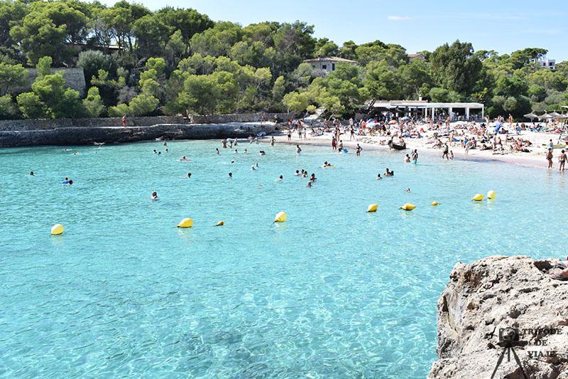 Cala Mondragó, una de las playas y calas que ver en un día en Mallorca.